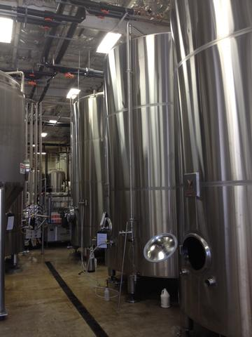 Marks Design and Metalworks - custom stainless steel brite tanks for American made brew houses